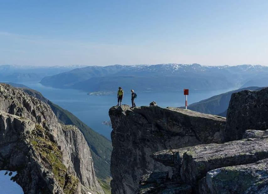 balestrand hiking mountains trails view amazing fjord